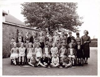 1957 Wimblebury infants