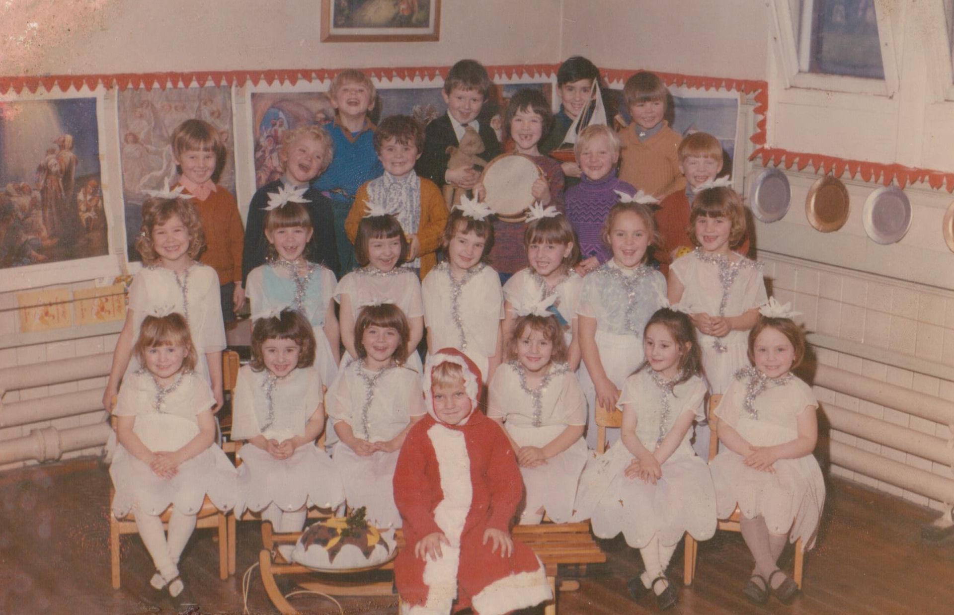 Wimblebury Rd School Christmas Play_1