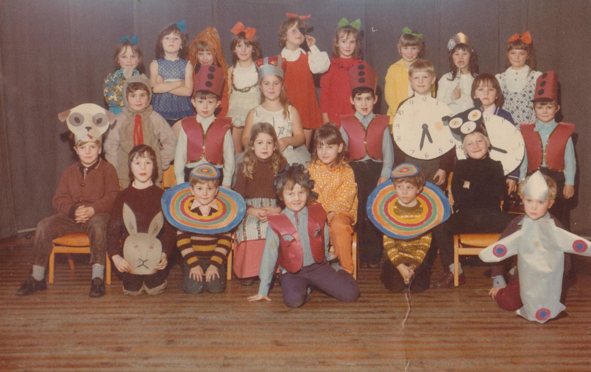 Wimblebury Rd School Christmas Play_2