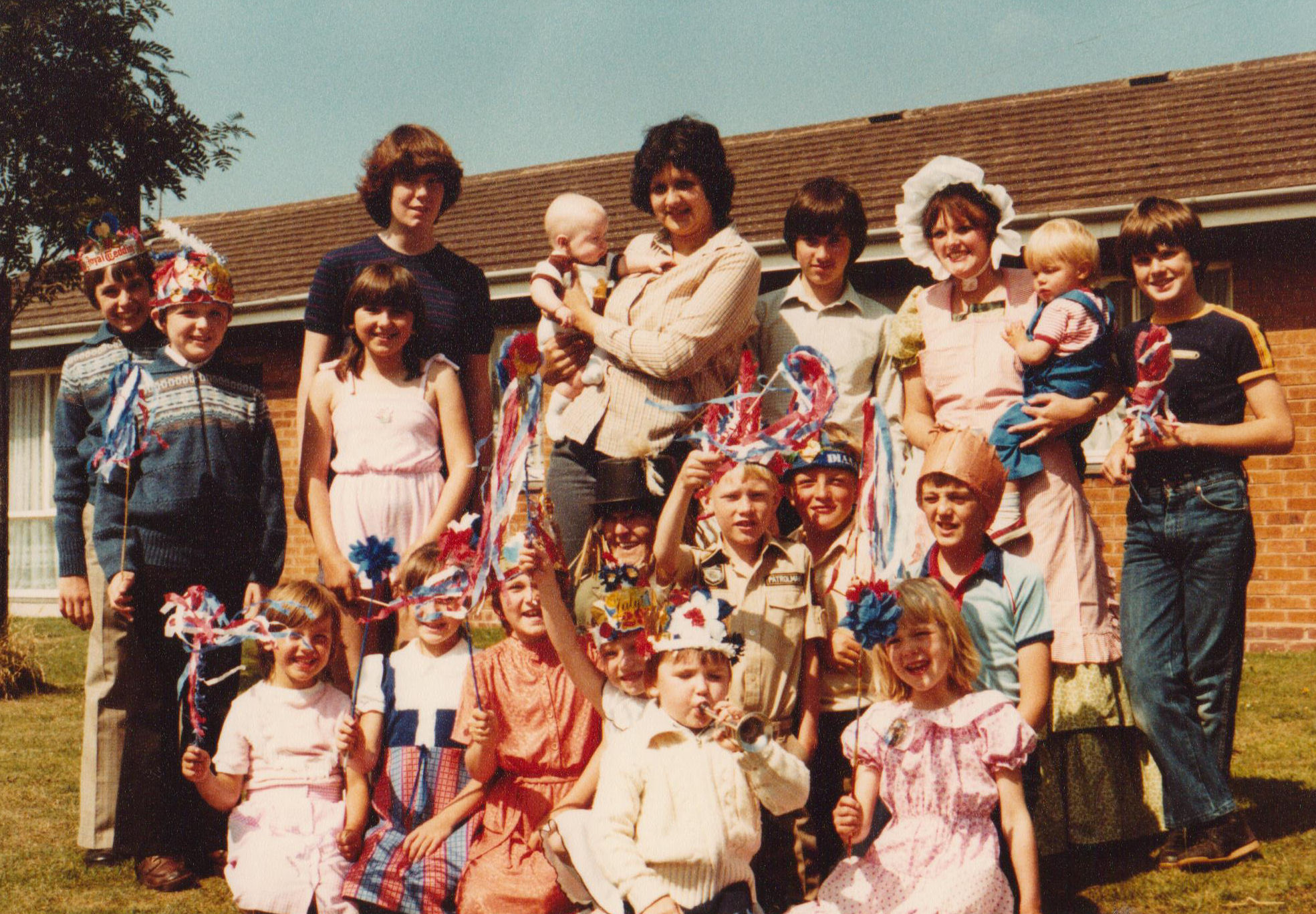 Hobart Rd Charles & Dianna 1981